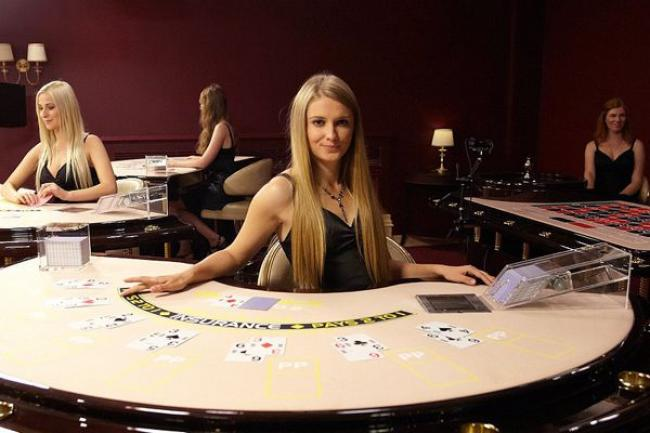 Élő kaszinó